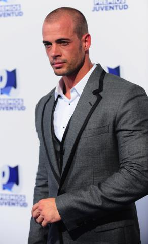 image for William Levy, agradecido por sus experiencias de este año