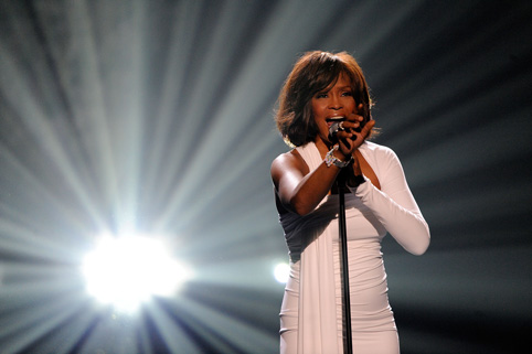 image for Exmarido de Whitney Houston no se considera responsable de su muerte