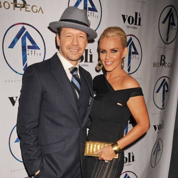 image for Donnie Wahlberg no permite que su matrimonio se enfríe (VIDEO)