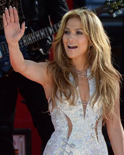 image for Jennifer Lopez es admirada por la actriz Kerry Washington