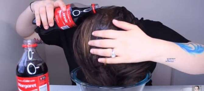 image for ¿Por qué lavarse el cabello con Coca Cola? (VIDEO)