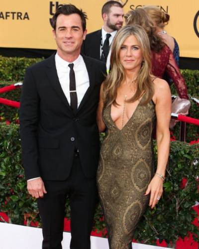 image for Jennifer Aniston disfruta de su 'divertida' vida de casada junto a Justin Theroux
